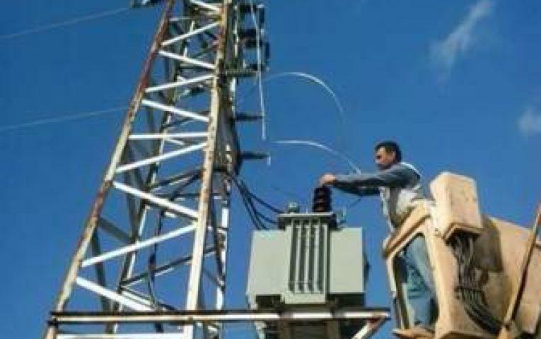 العمل على تأهيل شبكة الكهرباء بالأسواق التجارية في درعا