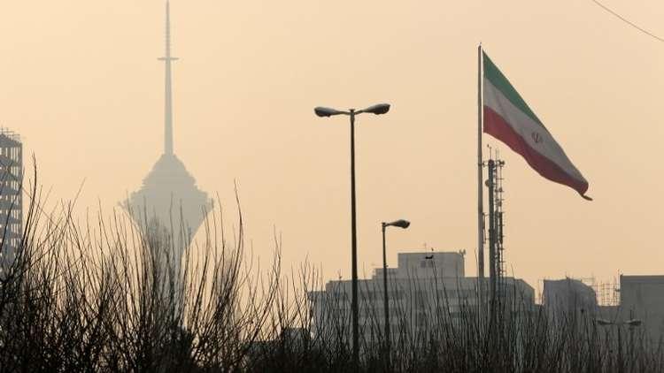 طهران تؤكد أن بريطانيا تشارك في المغامرة الإرهابية الأمريكية