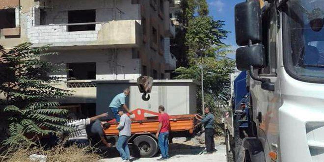 كهرباء حمص تعيد تأهيل مركزي تحويل في القرابيص والرستن