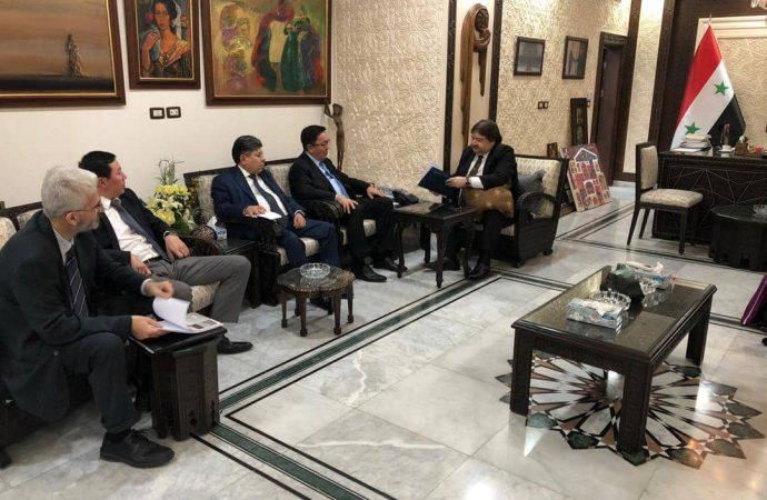 الأحمد يستقبل سفير كازخستان المتجول