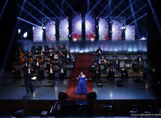 ليندا بيطار تغني التراث الشامي على أوبرا دمشق