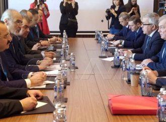 أستانا.. الوفد السوري يعقد لقاء مع الوفد الروسي