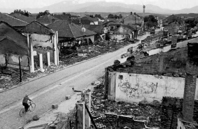 لتساعدنا موسكو في حل أزمة كوسوفو مثلما فعلت في سورية؟!