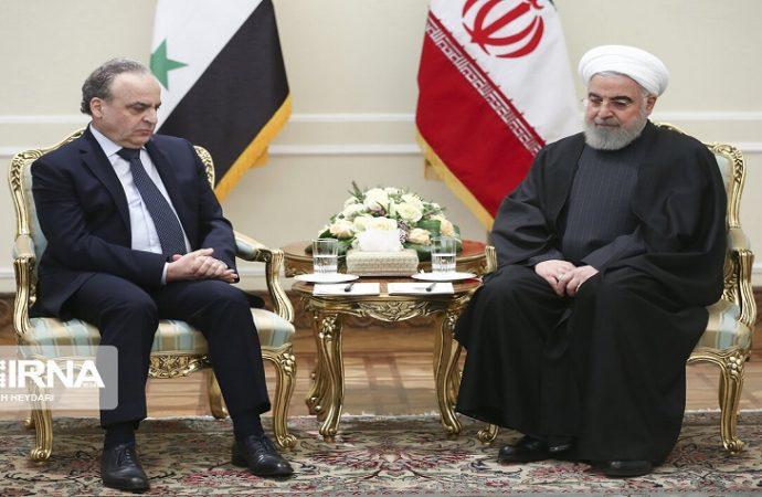المهندس خميس يلتقي الرئيس روحاني في طهران