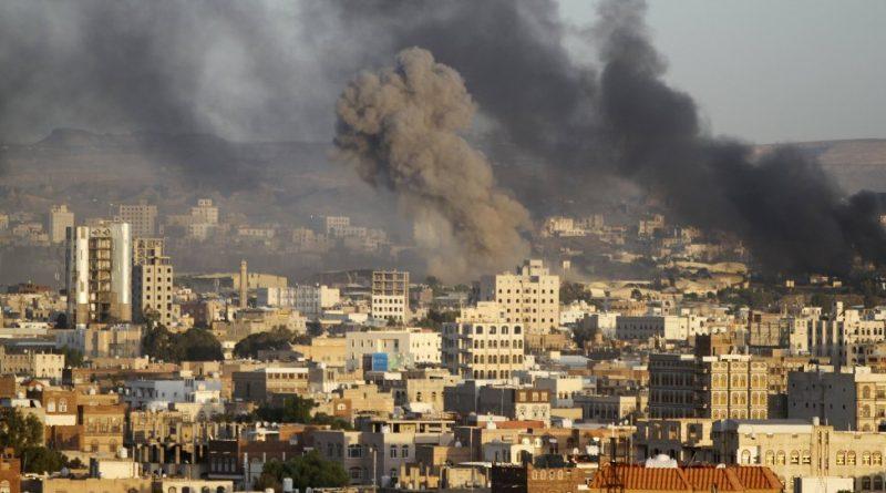 بالصواريخ والمدفعية.. العدوان السعودي يستهدف مناطق في الحديدة