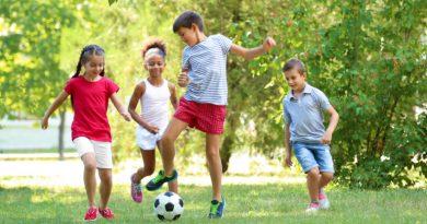 طباع الأطفال وكيفية التعامل معهم