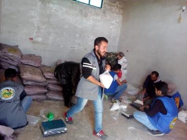 حملة يد بيد من وإلى ذوي الاحتياجات الخاصة بالتعاون مع البعث التطوعي