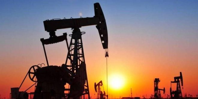 رغم التقلبات.. النفط يصعد بأكثر من 2%