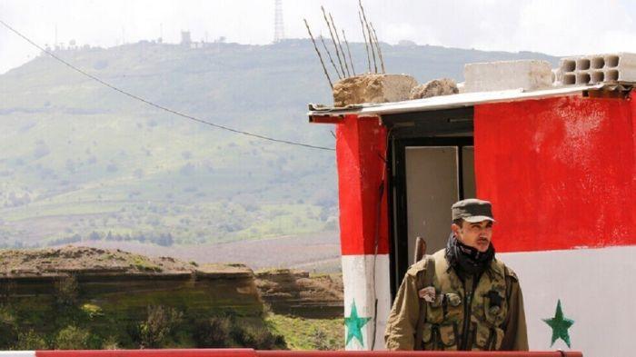 استشهاد جندي باستهداف طائرة للاحتلال الأمريكي حاجزاً للجيش جنوب شرق القامشلي