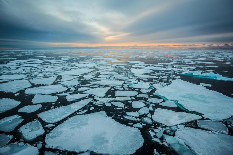 خبراء يحذرون من زيادة ذوبان الجليد في المحيط القطبي الشمالي