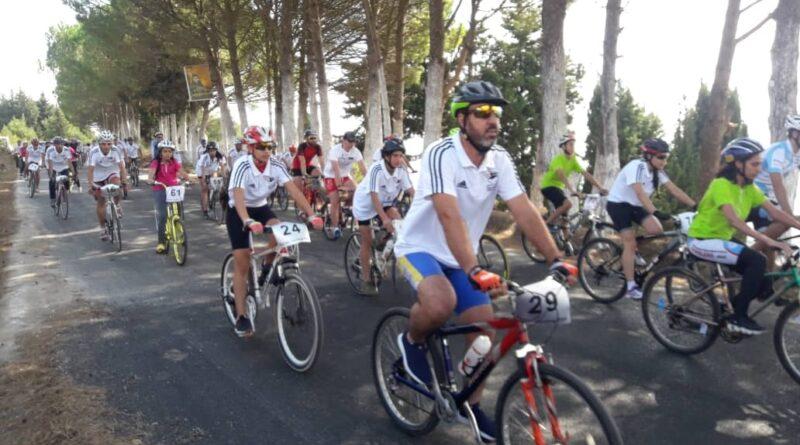 انطلاق سباق دروب تشرين الأول للدراجات في اللاذقية بمشاركة عربية و دولية