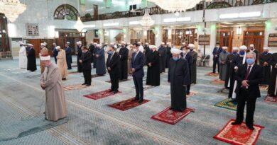 الرئيس الأسد يشارك في الاحتفال الديني بذكرى المولد النبوي الشريف في رحاب جامع سعد بن معاذ بـدمشق