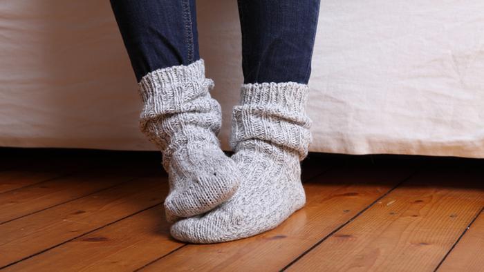 أمراض خطيرة تدل عليها الأقدام الباردة!!